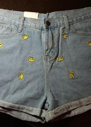 Шорты джинсовые с бананами