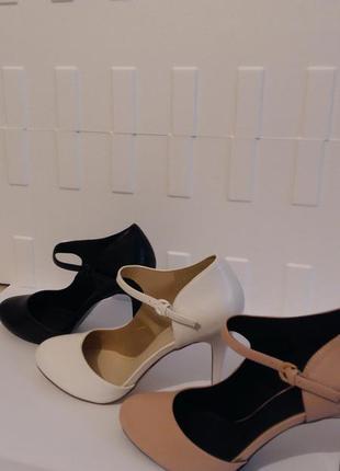 Новые  туфли фирмы even odd