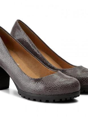 Туфли из натуральной кожи немецкого бренда caprice цвета антрацит, р. 37