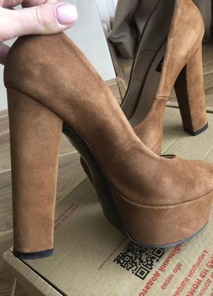 Идеальные рыжие туфли от l'carvari