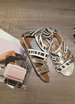 (37р./24см) lilley! красивые и комфортные золотые сандалии, босоножки с закрытой пяткой