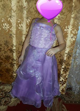 Новое нарядное платье на девочку 6-9 лет