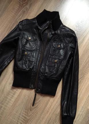 Женская кожанная куртка косуха
