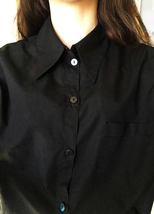 Поделиться:  классическая черная рубашка от zara
