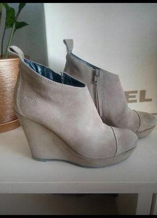 Замшевые ботинки  diesel