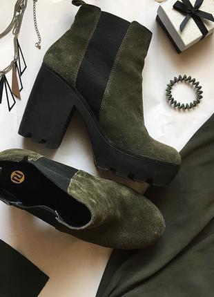 Стильные ботинки ботильоны хаки болотный цвет замшевые