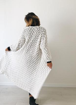 Кардиган белый ручной вязки стильный красивый недорогой