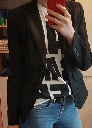 Классный стильныц пиджак классика