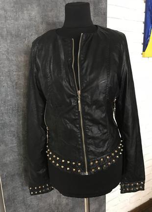 Маломерит. чёрная кожаная курточка