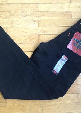 Чёрные джинсы levi's