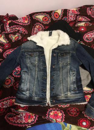 Джинсовка с овчиной, джинсова куртка з мехом овчини