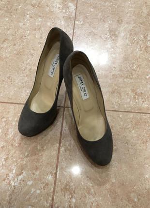 Туфли замшевые стильные , удобные . оригинал