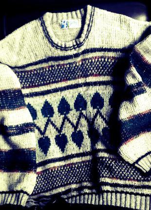 Теплый и мягкий свитерок