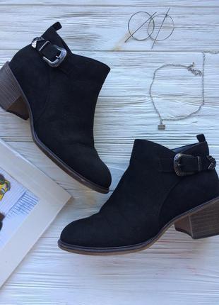 Сапоги сапожки ботинки ботильоны черные замшевые с пряжкой