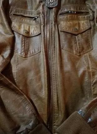 Кожаная куртка colins