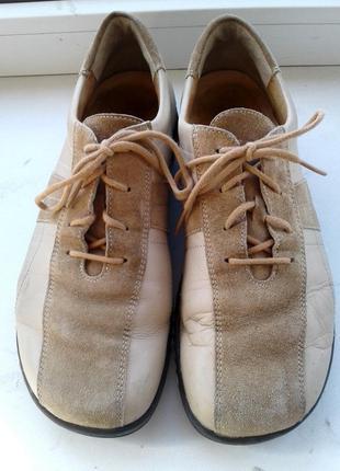 Кожаные туфли закрытые  ladysko. стелька 25,5см. размер 39, демисезонные