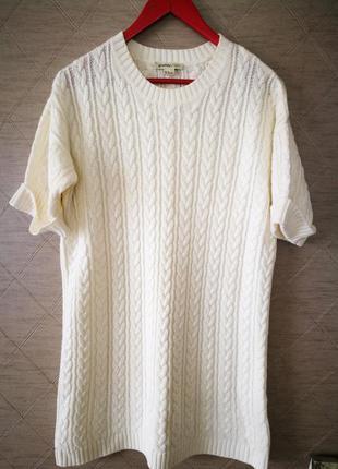 Молочное вязаное платье