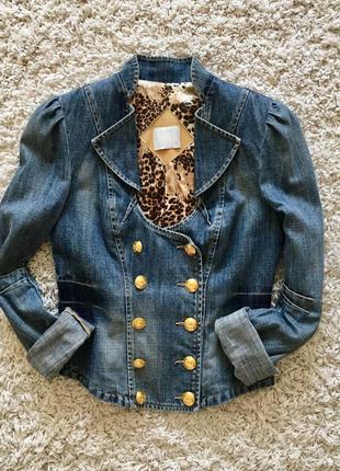 Пиджак куртка джинсовый с золотыми пуговицами gizia на пуговицах оригинал лето джинс