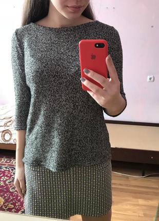 Легкая кофточка / свитер / кофта / джемпер красивого цвета