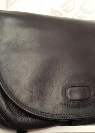 813ae03841d9 Класная стильная кожаная сумка crossbody lamoda italy1 фото · Класная стильная  кожаная сумка crossbody lamoda italy2 фото ...