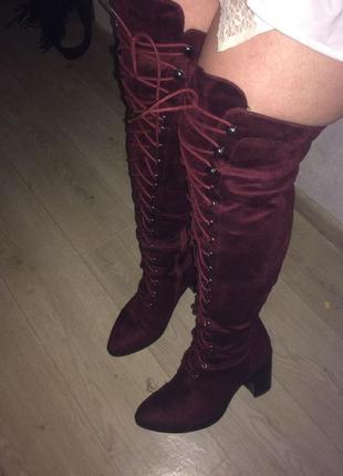 Модные ботфорты на шнуровке!