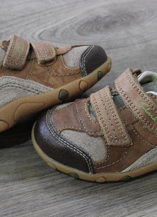 Кроссовки clarks натур. кожа 22-23 размер