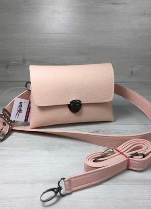 Розовая маленькая сумка на пояс летняя с ремешком через плечо