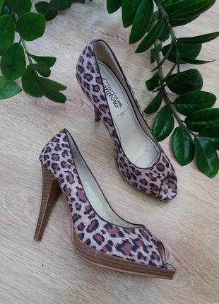 Стильные туфли 38-39/25 см