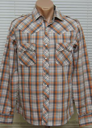Рубашка в серо-оранжевую клетку на кнопках