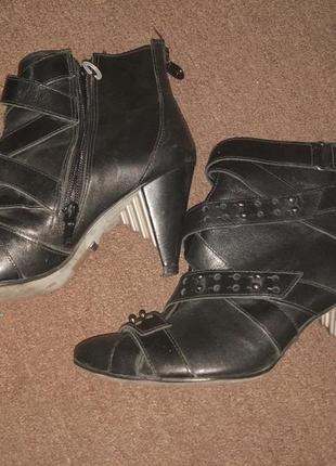 Кожаные ботинки 36р. firetrap