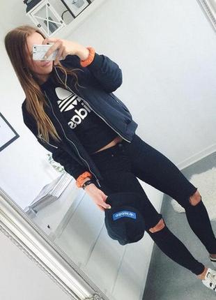 Рваные джинсы черные женские рваные