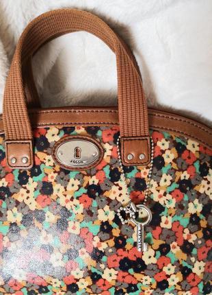 Красивая летняя сумочка fossil