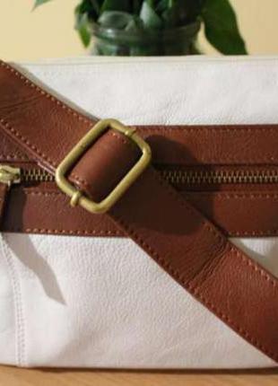 Натуральная кожаная сумочка на лето