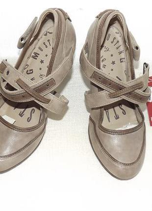 Туфли mustang женские кожа внутри 24 см