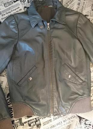 Стильная кожаная куртка h&m
