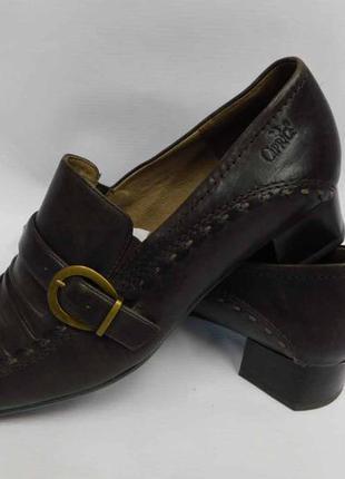 Коричневые туфли caprice натуральная кожа, размер 39 стелька 25,5 см