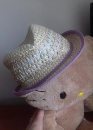 Брендовий капелюх