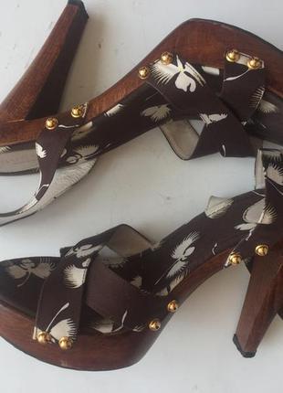 Оригинал босоножки gucci  деревянный каблук