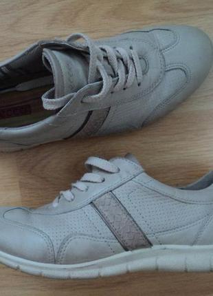 Спортивные туфли ,кроссовки ессо.р38,стелька 25,5см