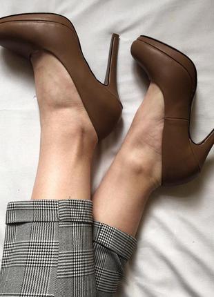 Крутые  базовые туфли