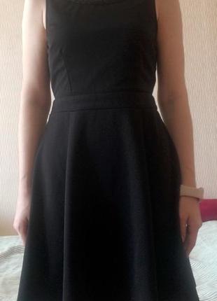 Чорна італійська сукня