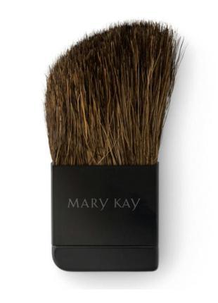 40% скидка . компактная кисть для румян mary kay® для компактного футляра