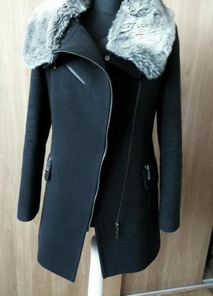 Зимове пальто жіноче косуха