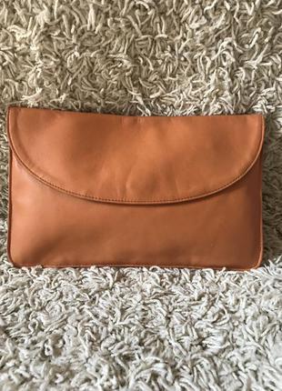 Кожаная сумка- косметичка- клач в руку