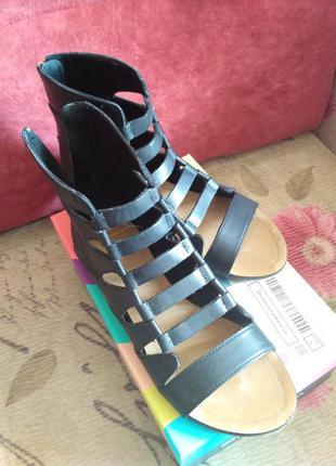 Кожаные босоножки сандалии гладиаторы