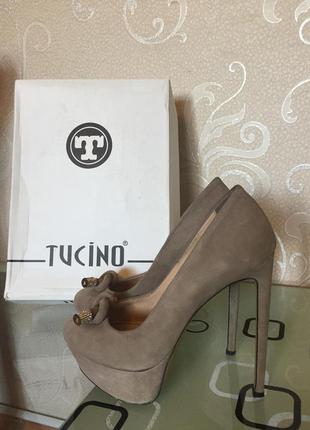 Натуральные замшевые итальянские туфли 37 р.
