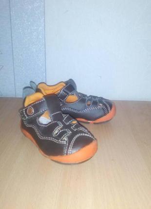 Сандалии(босоножки, летние туфли)vincent для мальчика