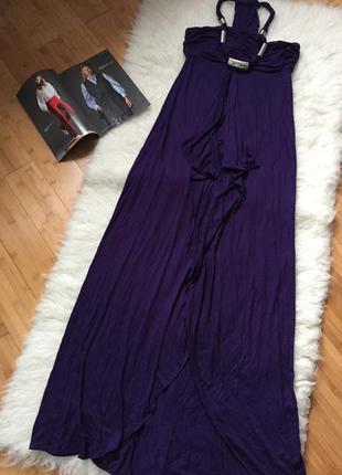 Макси платье из вискозы, цвет сочный, смотрится эффектно и богато