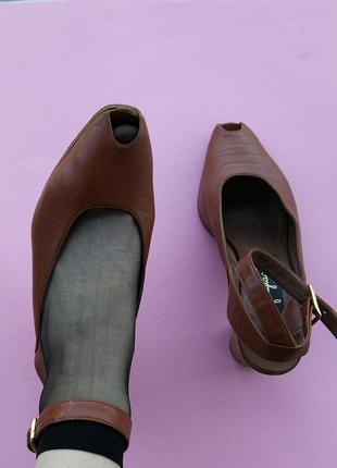 Крутые сандалии( кожа)