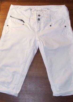 Струйові білі шорти !! нові!
